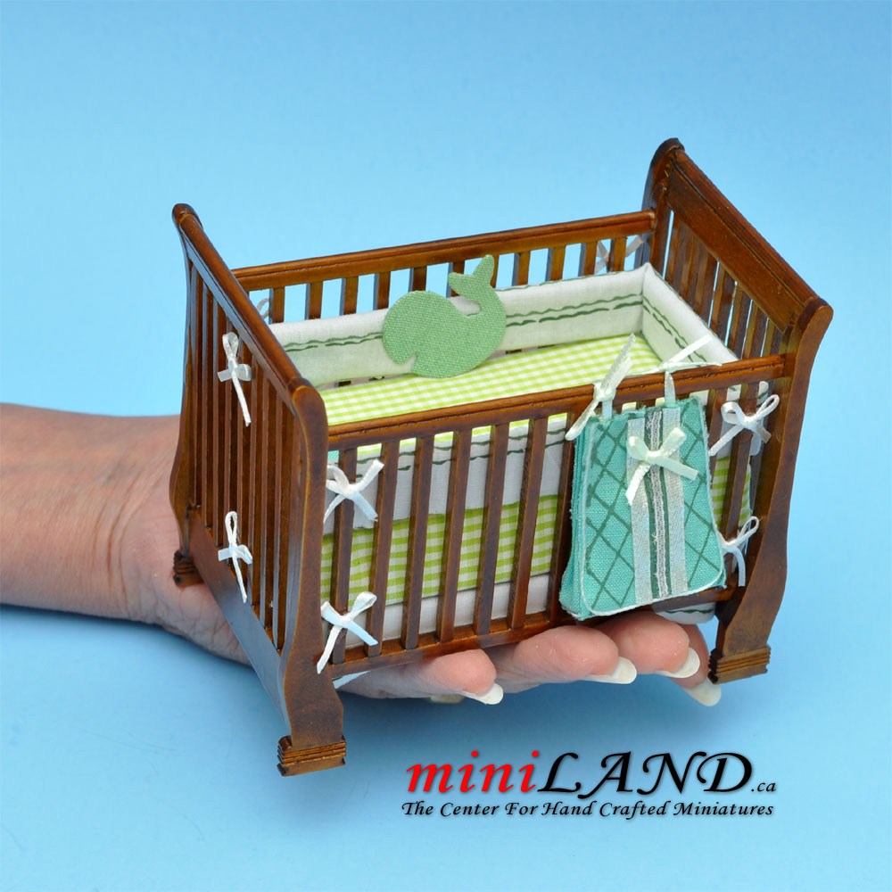 Modern Wooden Crib Baby Bed With Matching Blanket