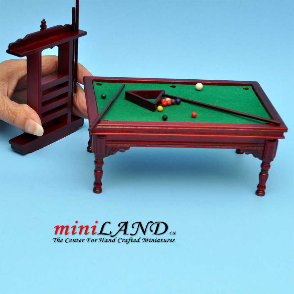 Wooden Billiards Pool Table With Pool Cues Set Dollhouse Miniature 1 12 Mh