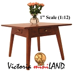 Fine Quality Windsor Table DHQ0614 1:12 scale