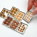 Varied cookies set/7  on a metal trays for 1:12 dollhouse miniature