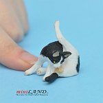 Cat Black and White 1 H/1  L/¾ W For dollhouse miniatures 1:12 scale
