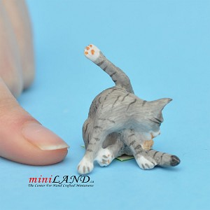 "Cat grey 1""H/1⅛""L/¾""W For dollhouse miniatures 1:12 scale"