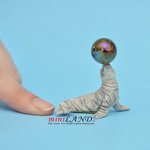 "Seal With Ball Stone  1-⅝""H for 1:12 scale dollhouse miniature"