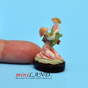 Mother and Daughter statue figurine dollhouse miniature 1:12
