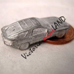 "CAR 2 DOORS SEDAN 1""L DIY metal miniature for dollhouse - Do it yourself 2pcs"