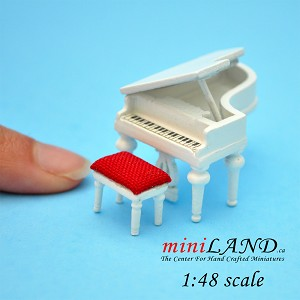 1:48 Scale Piano with stool White