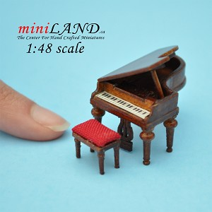 1:48 Scale Piano with stool walnut