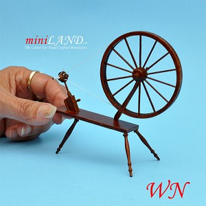 Miniature 18th Century Large Walking Wool Spinning Wheel,  dollhouse  1:12  scale WN