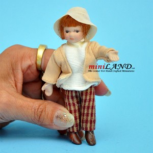 "Country Girl Porcelain doll  4""H"