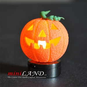 Halloween Pumpkin bright battery LED LAMP 1:12 on/off switch hop02