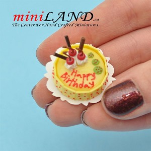 A fancy birthday cake for 1:12 dollhouse miniature food