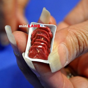Wrap beef steak meat dollhouse Miniature butcher 1/12 BUT09