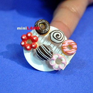 6 mixed Donuts cakes for 1:12 Scale dollhouse miniature handmade food