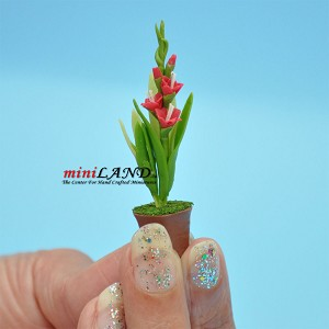 Handmade flowers plant in Terracotta Pot Dollhouse Miniatures FL041